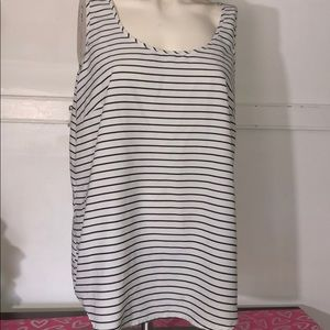 Tops - Faded glory black and white striped top
